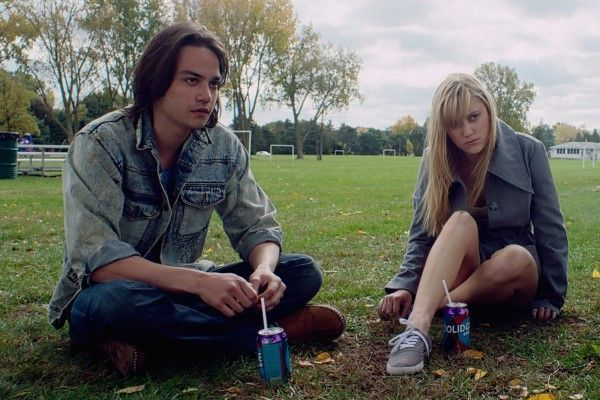 *** FILM STILL DO NOT PURGE*** 3) Maika Monroe, Daniel Zovatto, and Lili Sepe in IT FOLLOWS